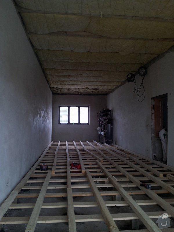 OSB podlaha a SDK podhled s topením: 20120301_123519