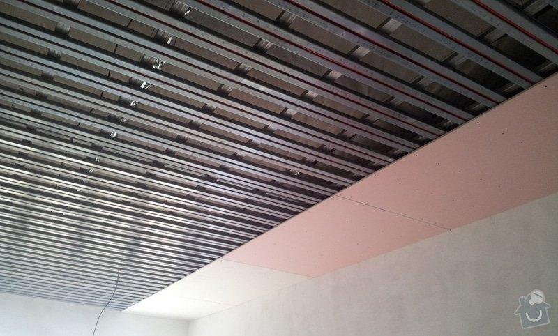OSB podlaha a SDK podhled s topením: 20120307_122816