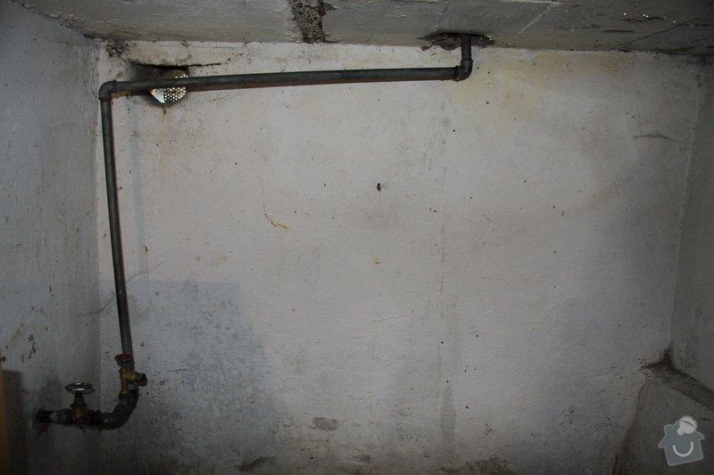 Instalatérské práce, prasklá voda - chata: IMG_2117