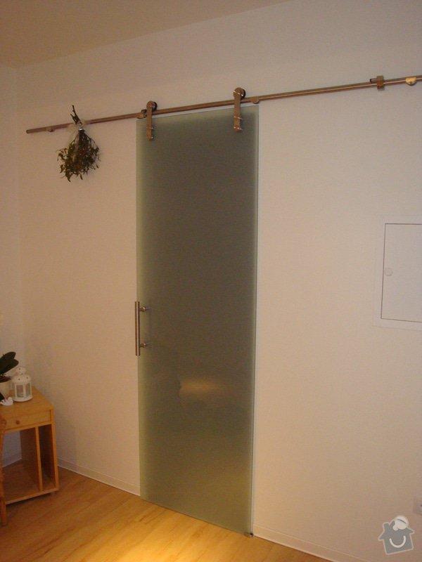 Kuchyňská linka a nové dveře a zárubně: DSC04137