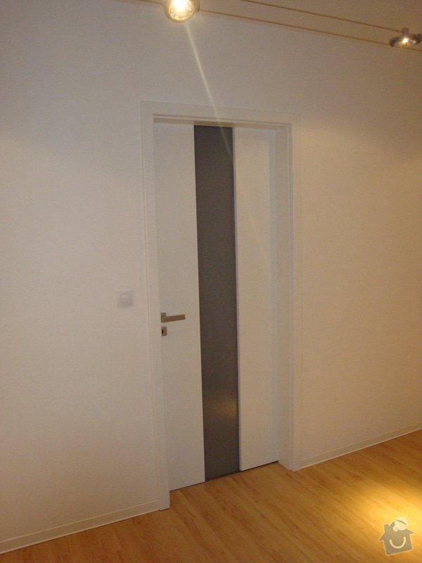 Kuchyňská linka a nové dveře a zárubně: DSC04136