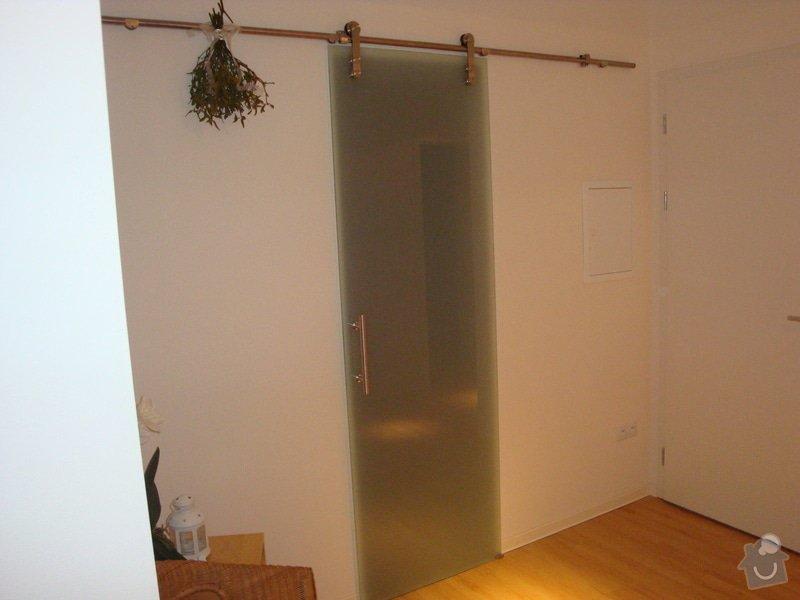 Kuchyňská linka a nové dveře a zárubně: DSC04134