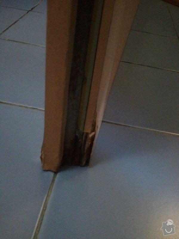 Oprava vstupních dveří: 2012-03-20_16.43.28