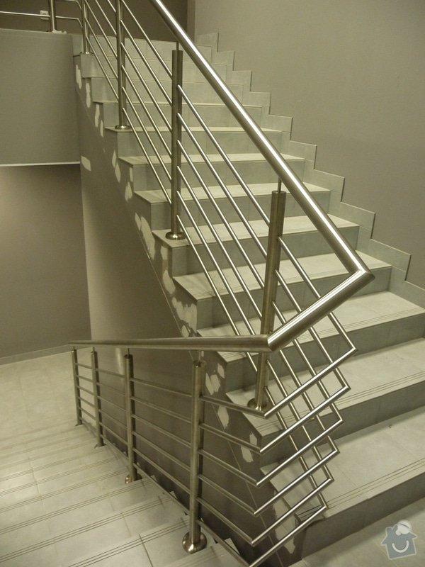 Nerezové zábradlí a madla na schodišti SERVIND Tuchoměřice: P1050923