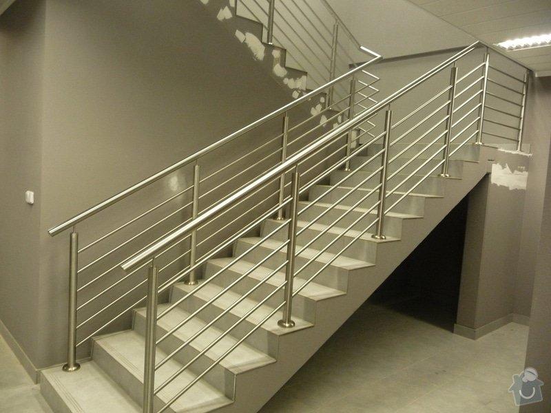 Nerezové zábradlí a madla na schodišti SERVIND Tuchoměřice: P1050919