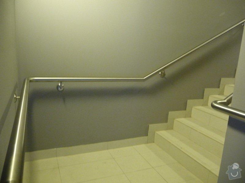 Nerezové zábradlí a madla na schodišti SERVIND Tuchoměřice: P1050928