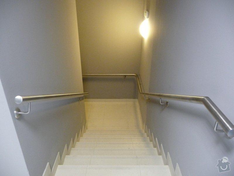 Nerezové zábradlí a madla na schodišti SERVIND Tuchoměřice: P1050933