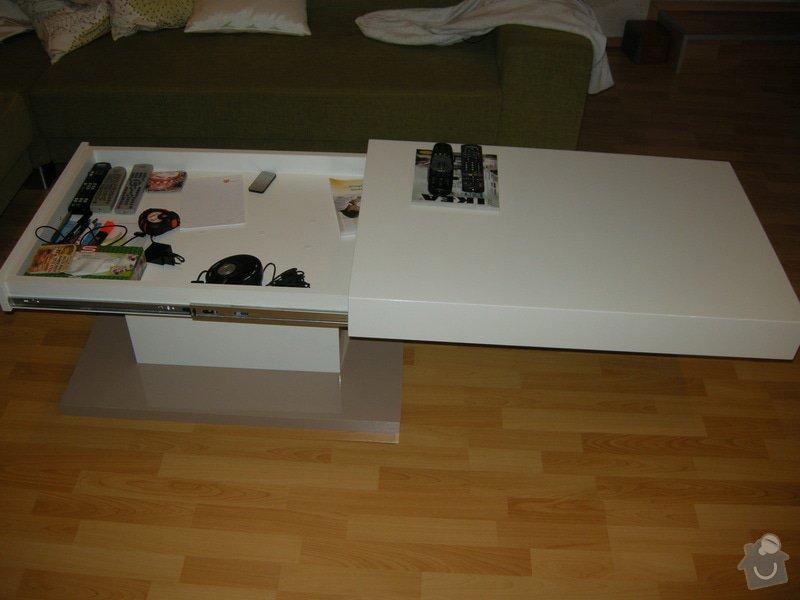 Konferenční lakovaný stolek: DSCN8714