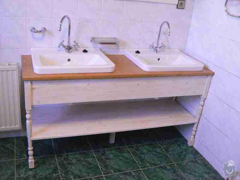 Koupelnový stůl: P1040458