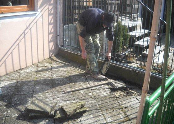 Pokládka dlažby cca 36 m2