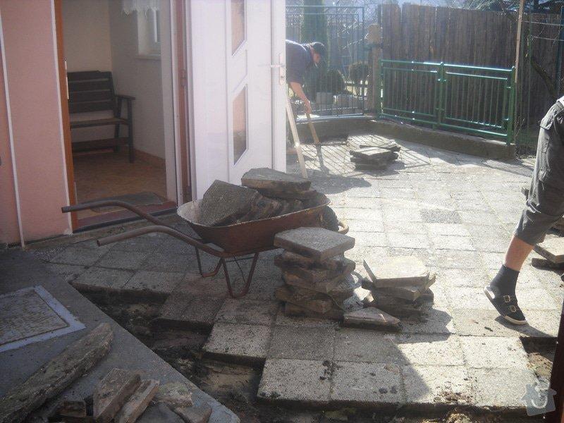 Pokládka dlažby cca 36 m2: DSCN0732