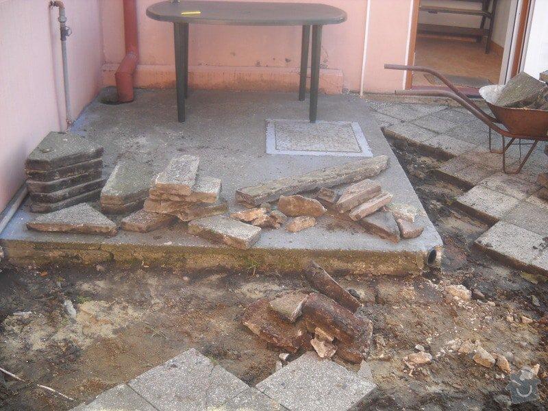 Pokládka dlažby cca 36 m2: DSCN0733