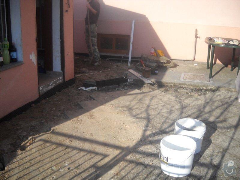 Pokládka dlažby cca 36 m2: DSCN0736