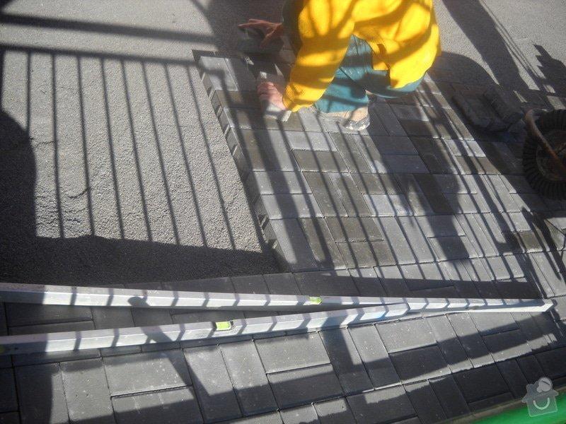 Pokládka dlažby cca 36 m2: DSCN0760