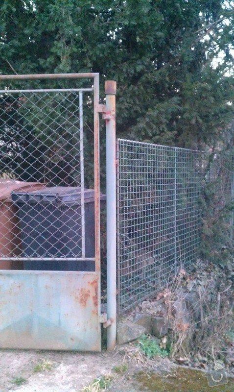 Vjezdová kovaná dvoukřídlá brána s el. pohonem: IMAG0351