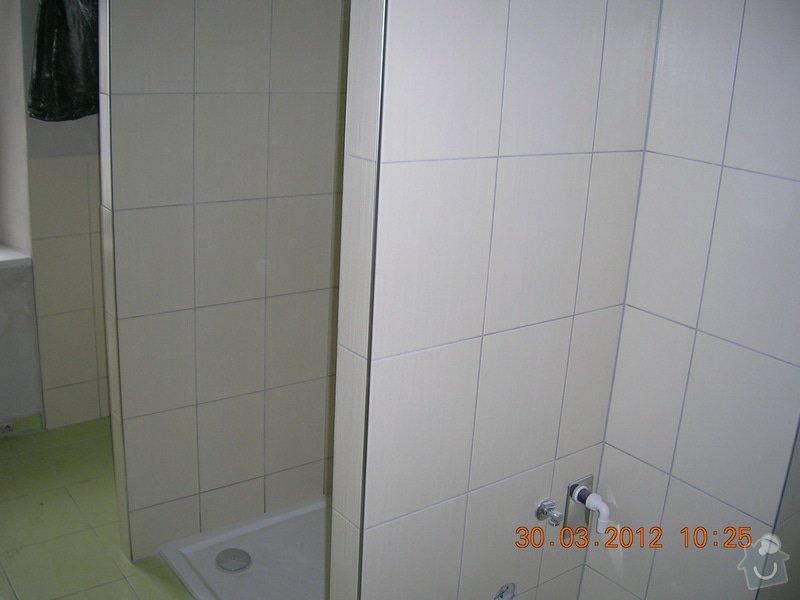 Obložení koupelny,WC a kuchyně: DSCN4310