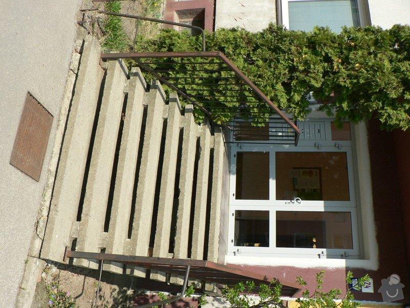 Oprava venkovních schodů u paneláku : P1150611