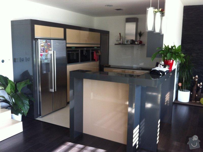 Dodávka dveří, podlah a kuchyňské linky do RD Blansko-Češkovice: IMG_0103