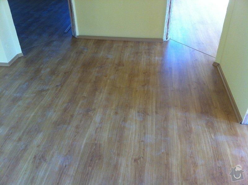 Dodávka plovoucích dřevěných a laminátových podlah do RD Račice: IMG_0063