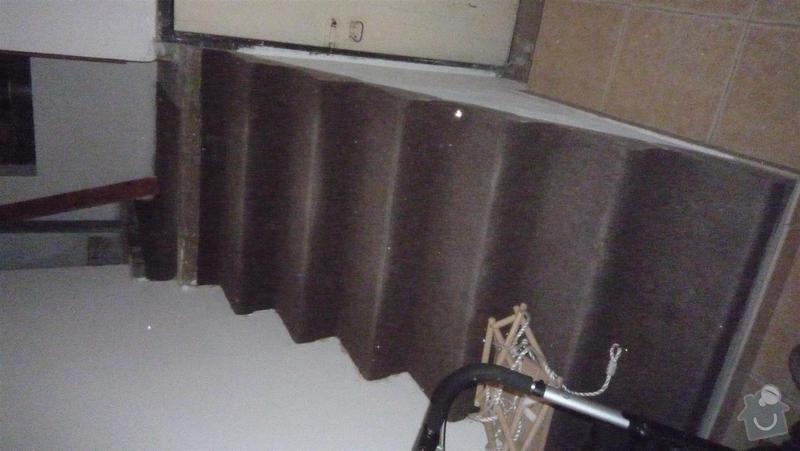 Oblozeni schodu drevem: P1050385_Large_