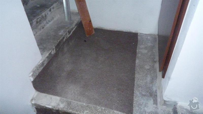 Oblozeni schodu drevem: P1050386_Large_