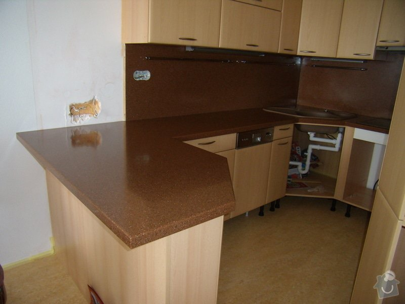 Vyroba pracovni kuchynske desky Bien Stone: P4012911