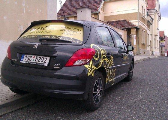 Polep firemního automobilu