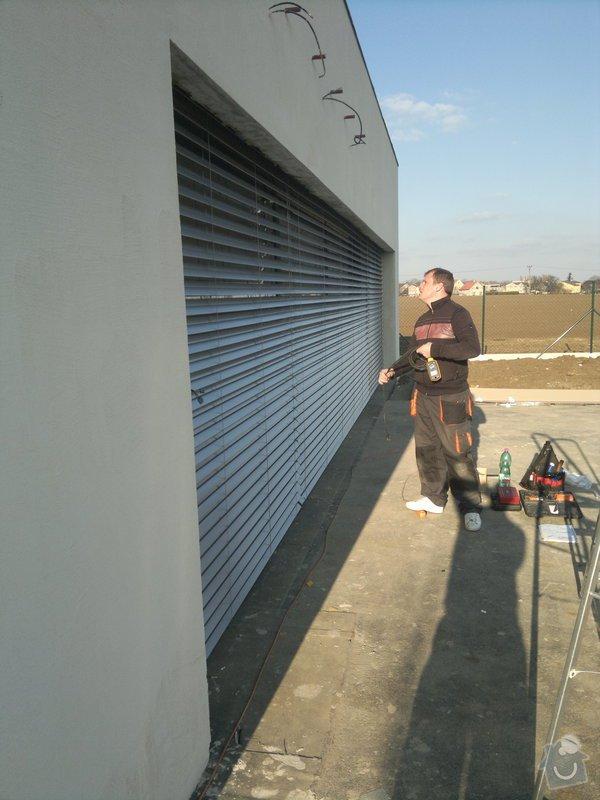 Dodávka a montáž venkovních žaluzií: 189
