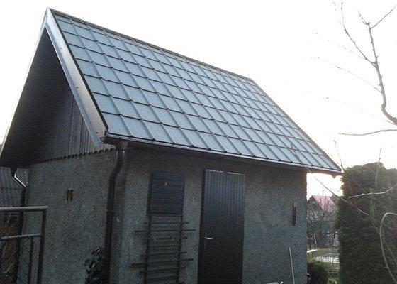 Střecha zahradní chatky