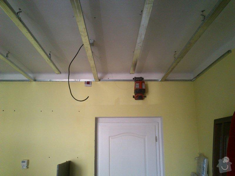 Snížení a zateplení stropu v kanceláři, včetně malování: sk17i_007