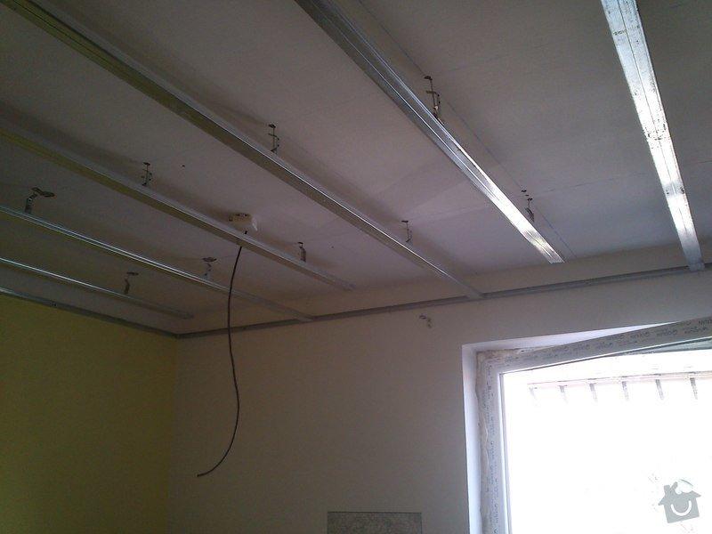 Snížení a zateplení stropu v kanceláři, včetně malování: sk17i_008