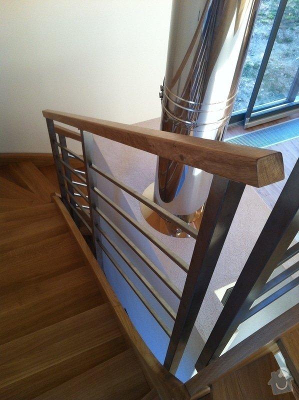 Nerezové zábradlí schodiště s podestou : IMG_3324