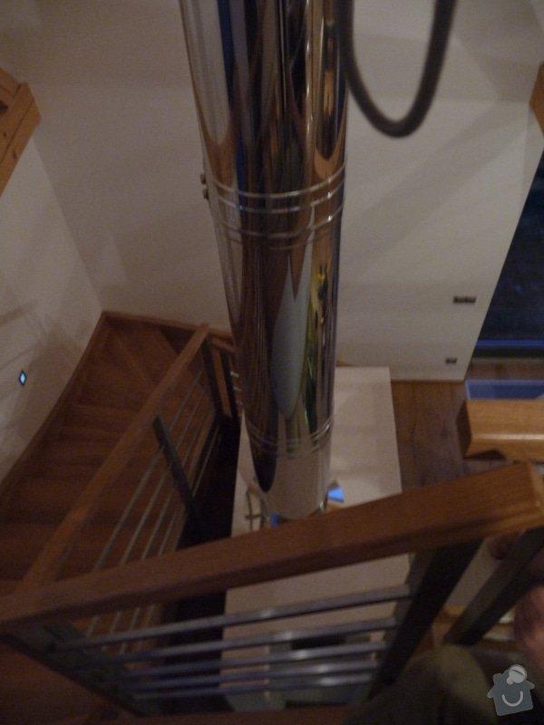 Nerezové zábradlí schodiště s podestou : P1050996