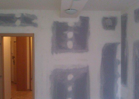 Ohlučnění stropu a stěn v monolitu