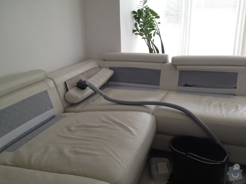 Čištění kožené sedačky, čištění koženkových židlí: IMG_0591