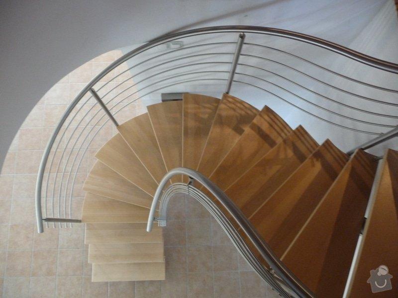 Nerezové zábradlí na točité schodiště : P1050958