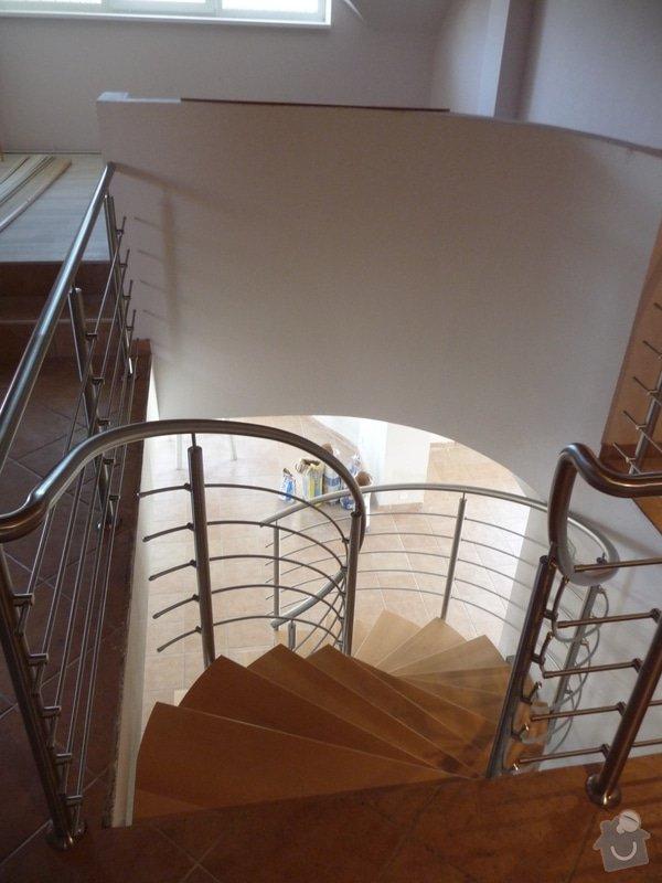 Nerezové zábradlí na točité schodiště : P1050948