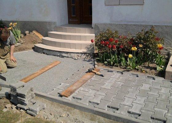Zámková dlažba a teras