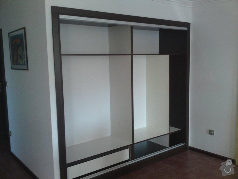 Výroba vestavěné skříně: DSC00764