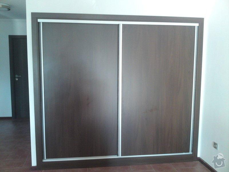 Výroba vestavěné skříně: DSC00767