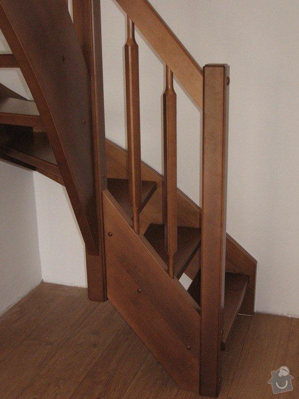 Dřevěné samonosné schodiště: drevene-samonosne-schodiste_Fialovi_002