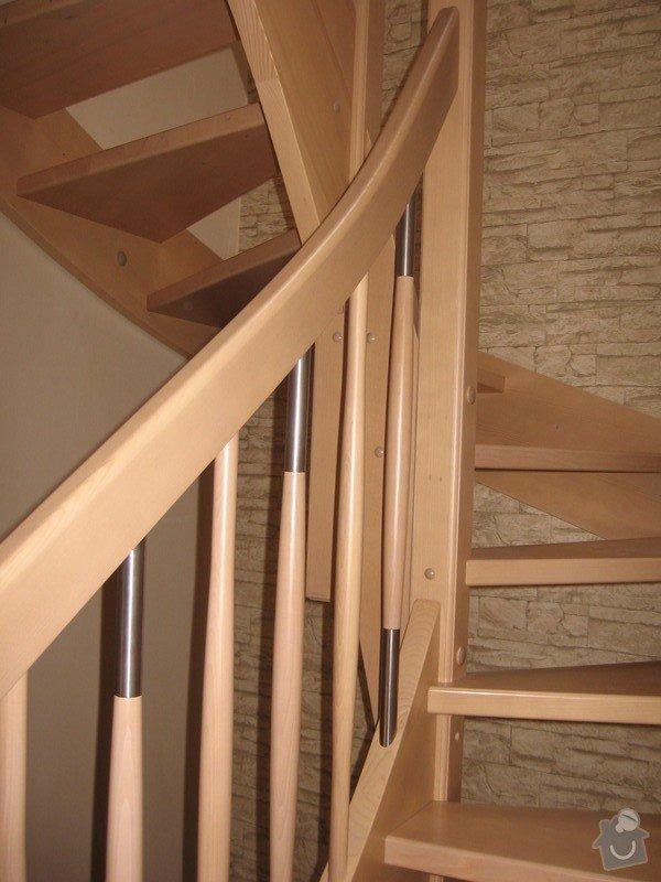 Dřevěné samonosné schodiště: drevene-samonosne-schodiste_Adamovic_2_