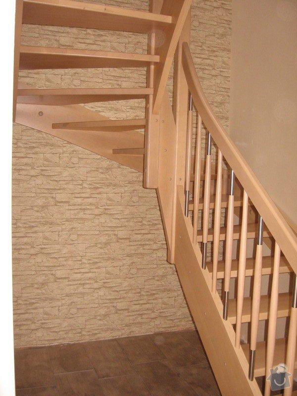 Dřevěné samonosné schodiště: drevene-samonosne-schodiste_Adamovic_5_