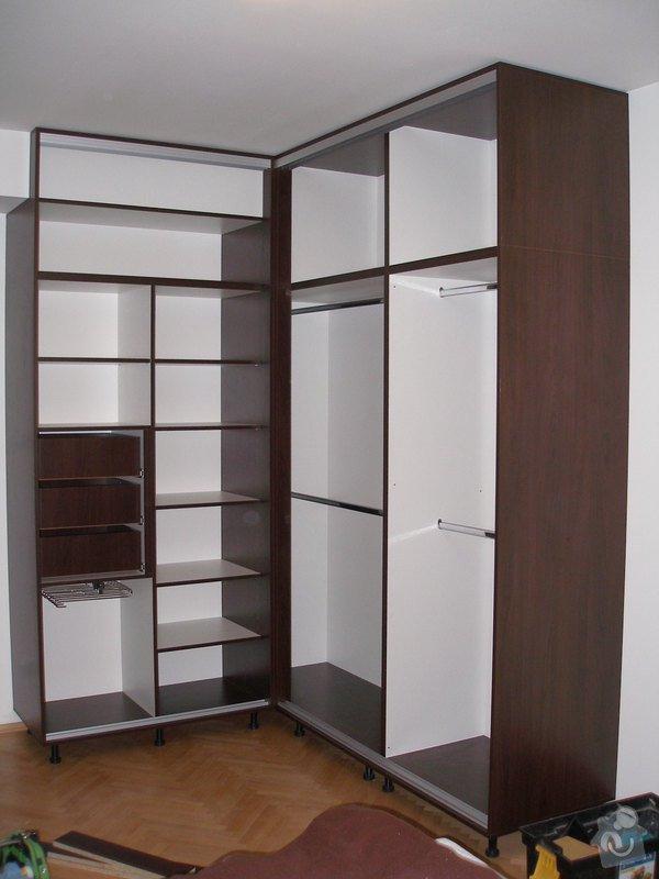 Vestavěná skříň na míru,nábytek na míru: P4120001