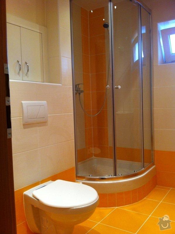 Rekonstrukce koupelny, změna dispozice v koupelně, pokládka podlah, malba bytu, dodání a montáž obložkových zárubní a dveří: Ber1