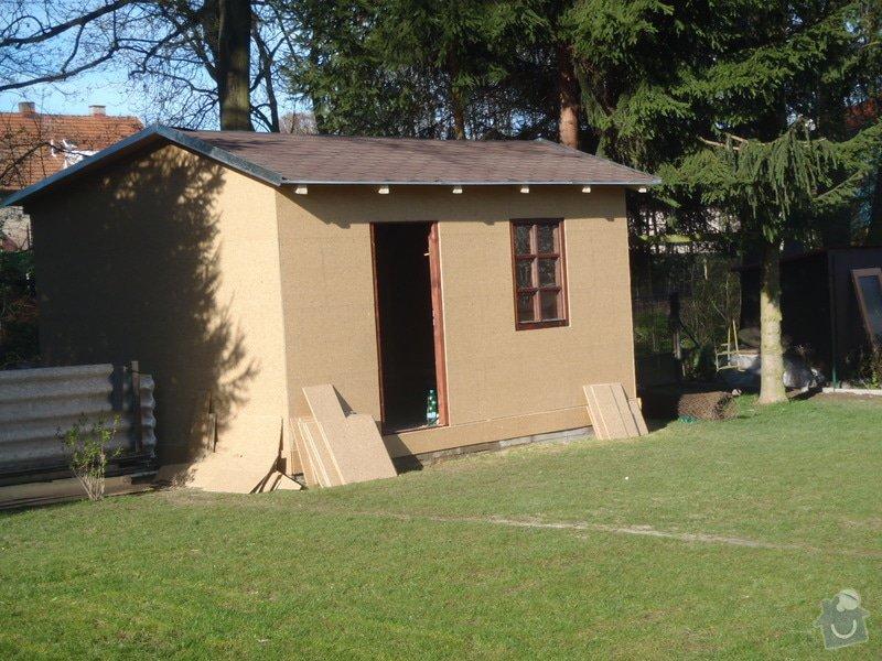 Stavba zahradní chatky: P4260543