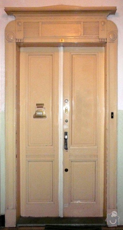 Lakování vchodových dveří bytů: Bytove_vch._dv.