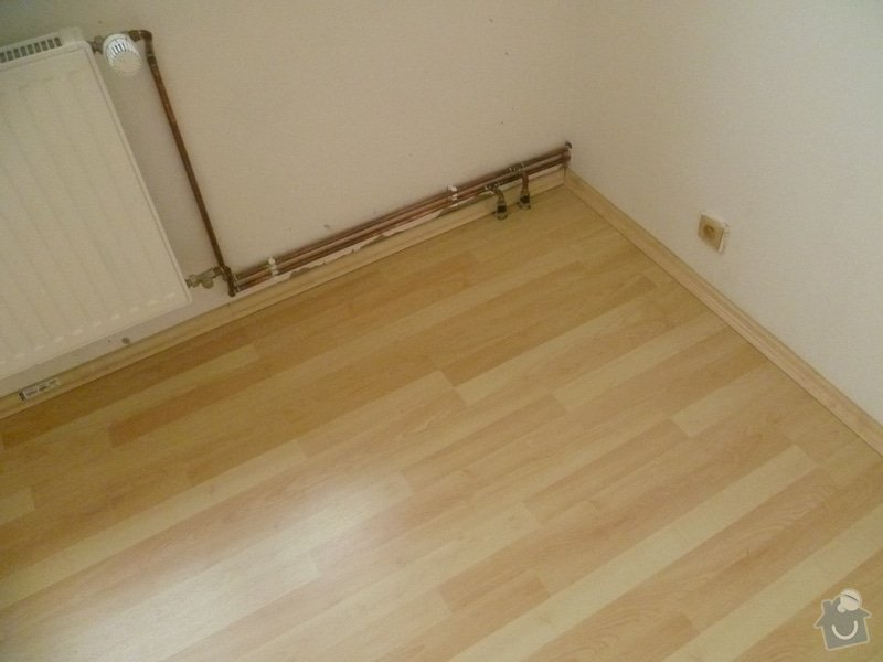 Úprava podkladu a pokládka podlahy: P1010863