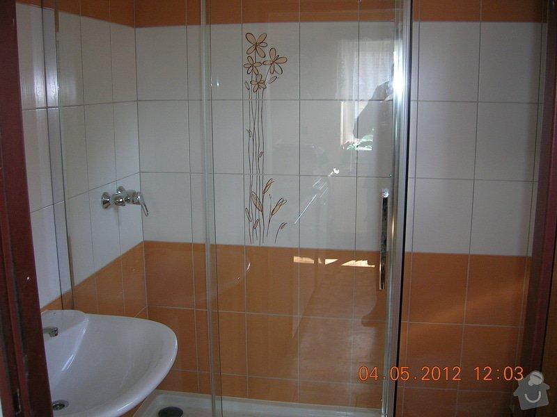 Obložení koupelny: DSCN4403