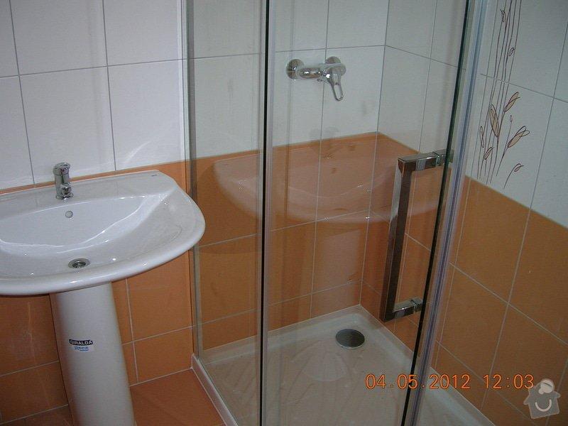 Obložení koupelny: DSCN4404